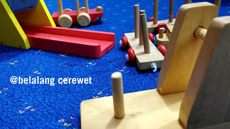 Mainan kayu bisa jadi selingan