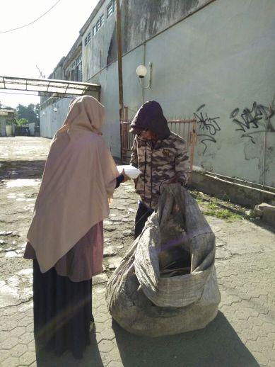 Nyala obor di Bogor
