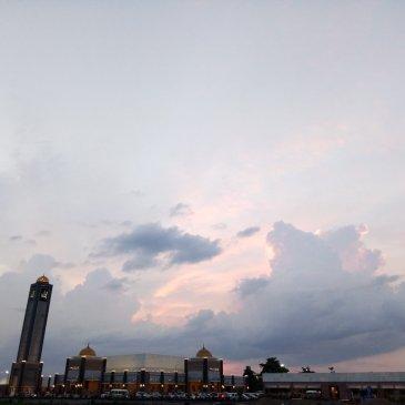 Masjid Namira Lamongan, masjid fenomenal dan megah di Lamongan Jawa Timur